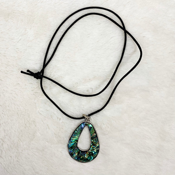 Rope Necklace with Pendant
