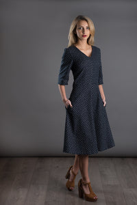 Den Avid Seamstress • A-Line Dress • Intermediate - Pound Fabrics