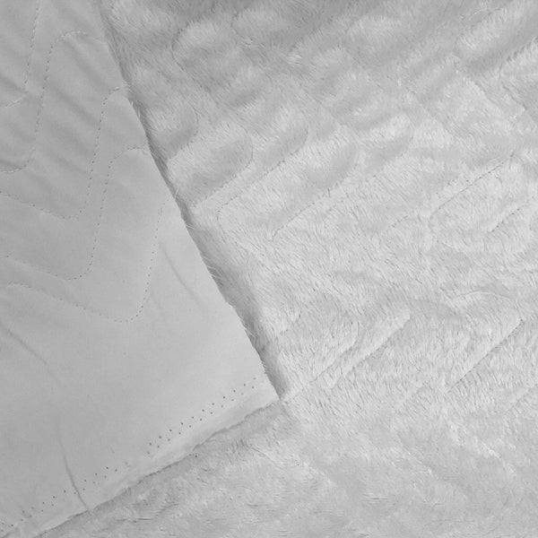 White Zig Zag Quilted Faux Fur Fabric - Pound Fabrics