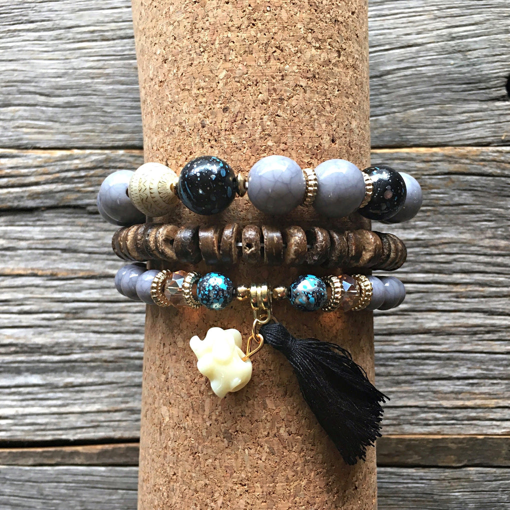 Womens grey wood bead bracelet
