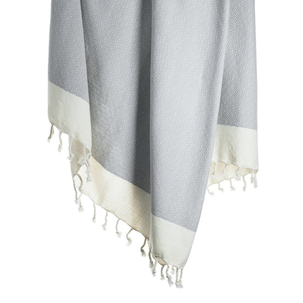 Arc Lore Samimi organic cotton bath towel in the colour light grey with woven diamond patterns