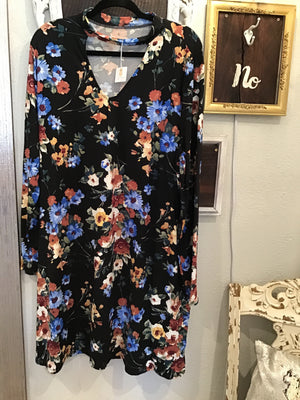Plus Black Flowery Dress