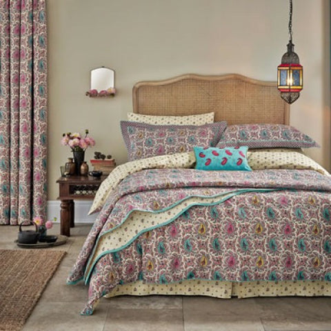 VA Kashmir Double Quilted Throw (255x260)