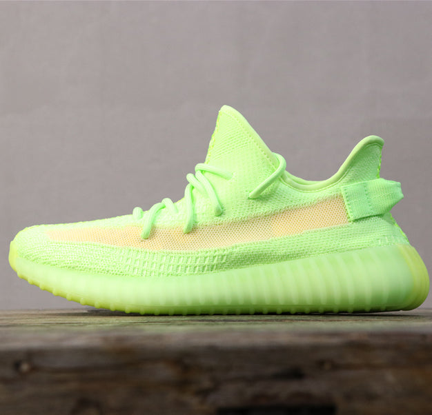 La YEEZY Boost 350 V2 Glow-in-the-Dark Boost 350 V2 sort officiellement cette semaine