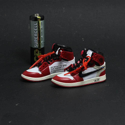 Porte-clés sneakers 3D : Air Jordan 1 x Off White - ChicagoSneakers Wall Star- accessoires sneakers addict