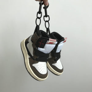 "Mini Sneaker Air Jordan 1 x Travis Scott ""Cactus Jack""Sneakers Wall Star- accessoires sneakers addict"