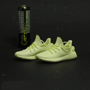 Porte-clés sneakers 3D : Adidas Yeezy Boost 350 ButterSneakers Wall Star- accessoires sneakers addict