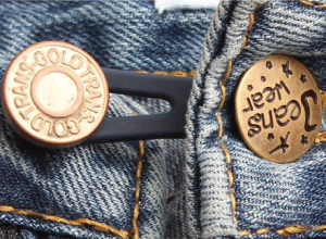 jeansfit close up knoop