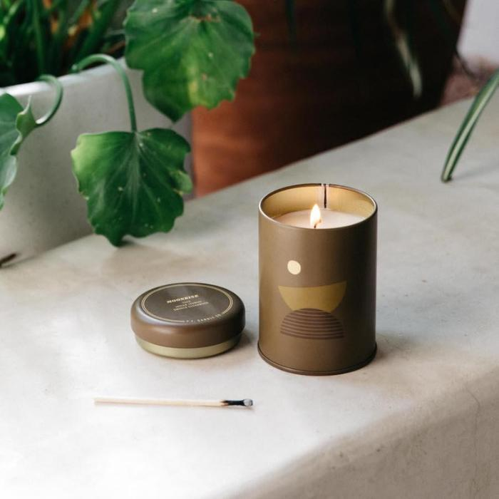 Moonrise Candle: The Sunset Candles