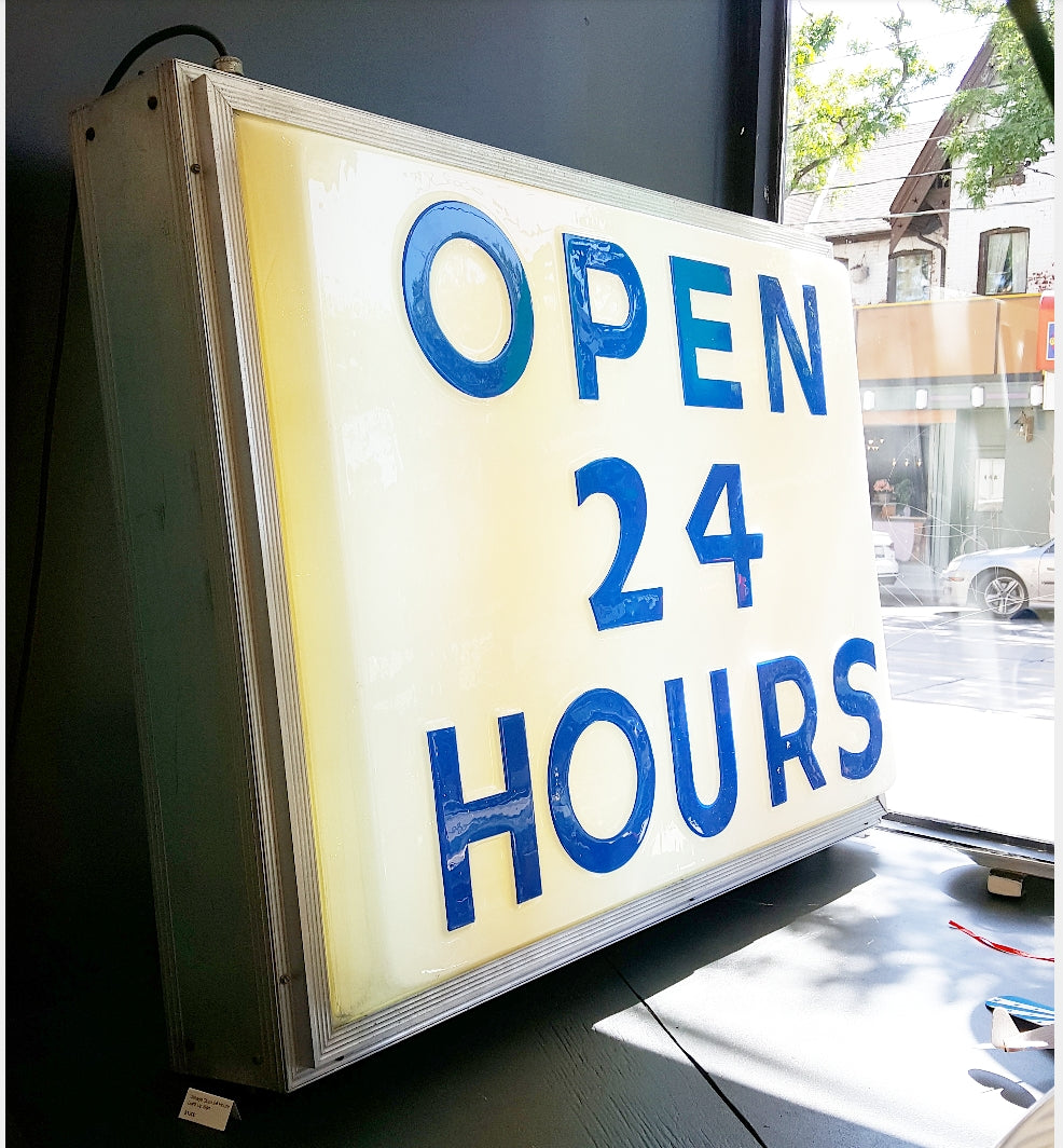 24 Hours Sign - Light Up