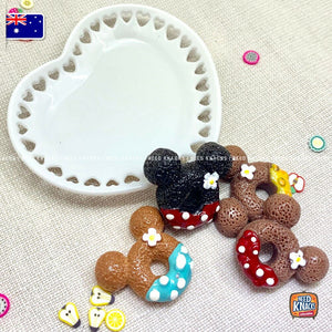 Mini Donuts Set of 4 on Heart-shaped plate! 1:12 Miniature