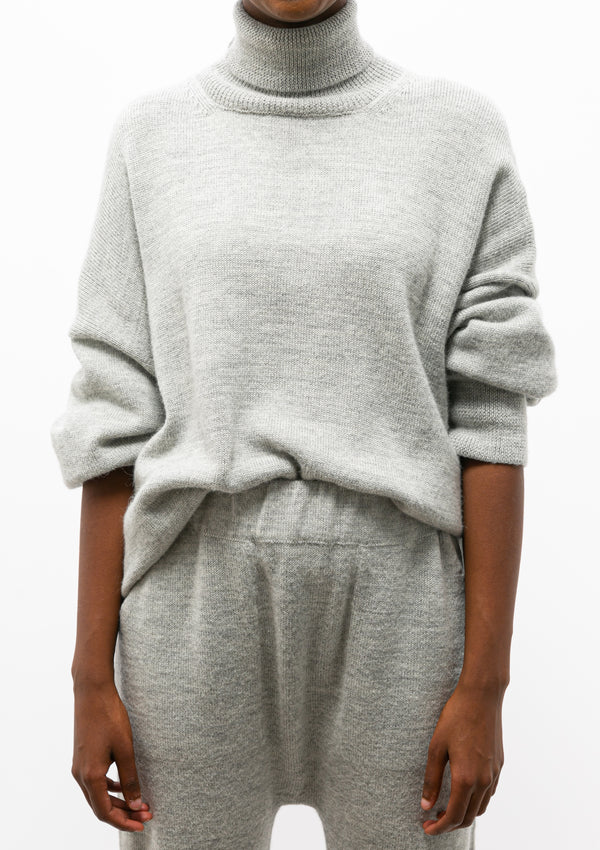 Wide Turtleneck | Light Grey