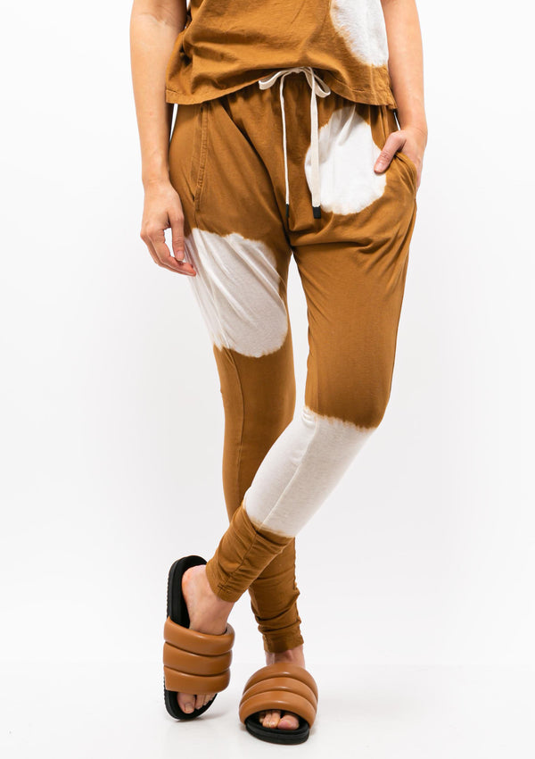 Radial Dye Slouch Jersey Pant III | Urth Brown