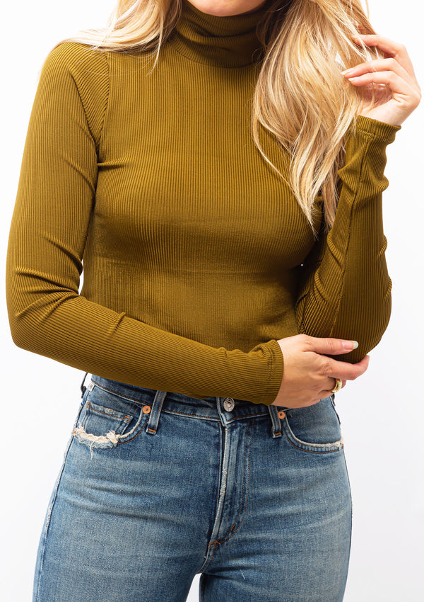 The Rib Turtleneck | Olive