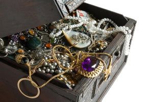 How to store your fine white sapphire jewelry safely (Grandma's jumbled organizer is a No-No)