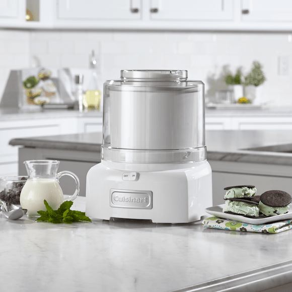 FROZEN YOGURT/ICE CREAM MAKER