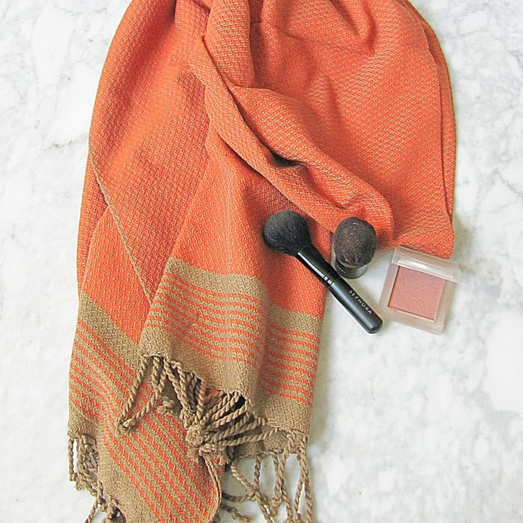 Large cotton hammam towel. Orange and sand colored honeycomb pattern