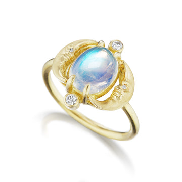 Crescent Moonface Moonstone Reflection Ring