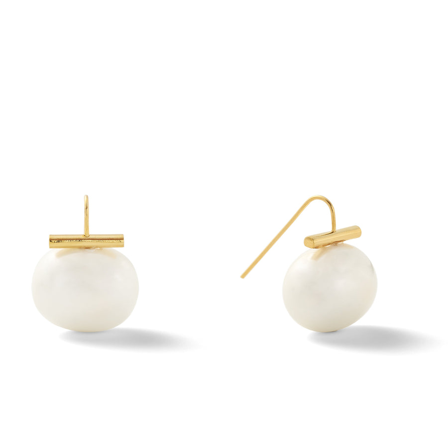 Large Pebble pearl earrings- White