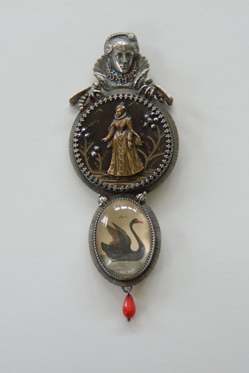 QUEEN ELIZABETH 1ST Brooch (Convertible With Loop for a Choker)