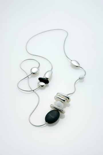 Onyx, Pebble and Agate Necklace