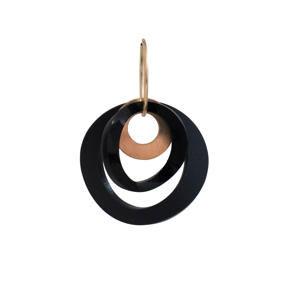 Double Wavy Circle Earrings with Disc
