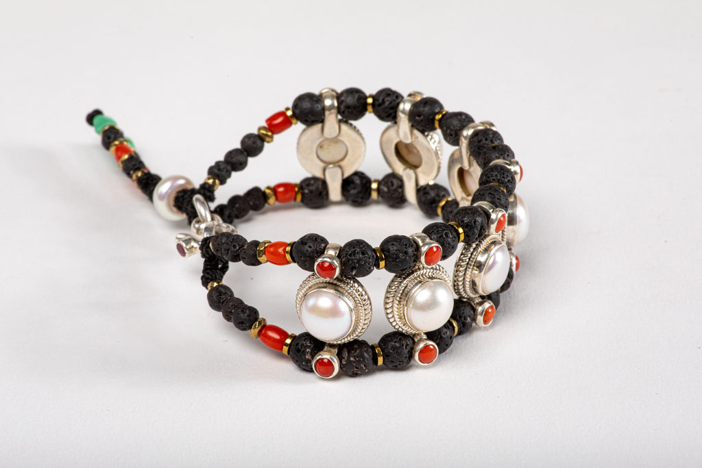 Pearl Setting Bracelet  with Lava