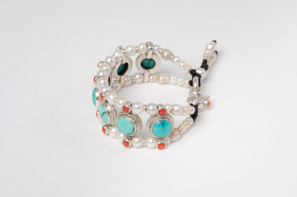 Turquoise Setting Bracelet  with Pearls
