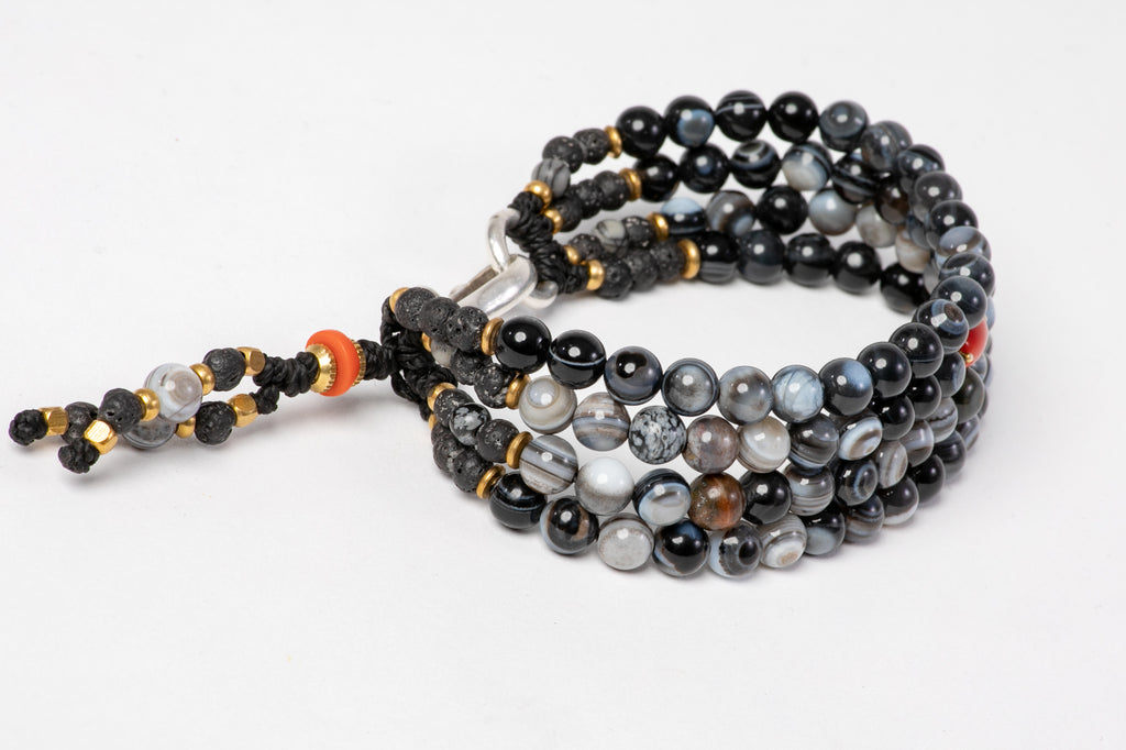 Four strings black agate bracelet - Red Coral