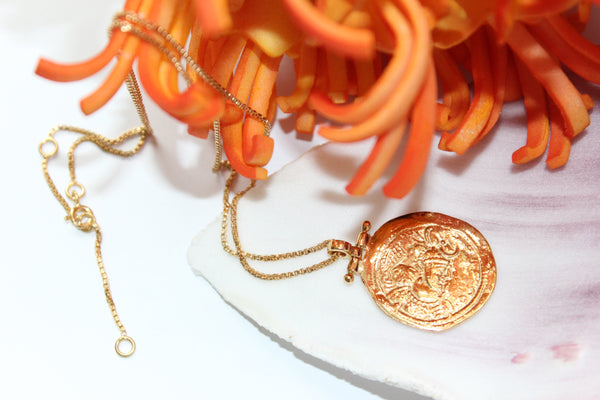 Empy Necklace - Gold