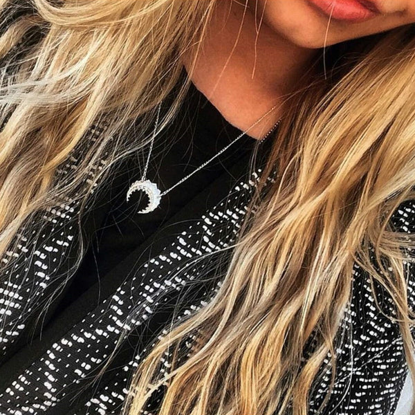 Detailed Moon Necklace