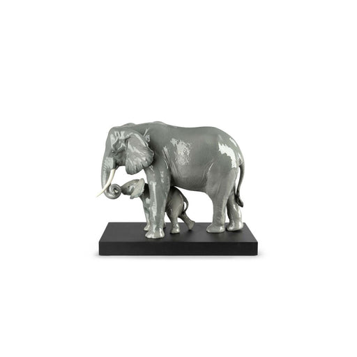 "Sculpture ""Leading The Way Elephants"" - Lladro"