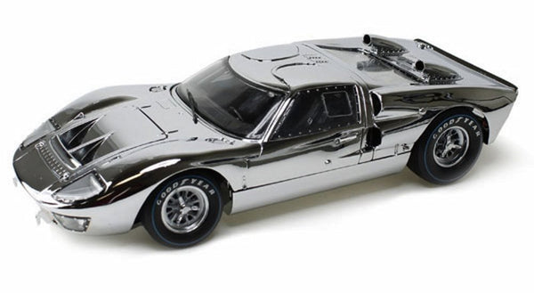 Shelby Collectibles 1966 Ford GT40 Chrome Edition  1:18 Scale