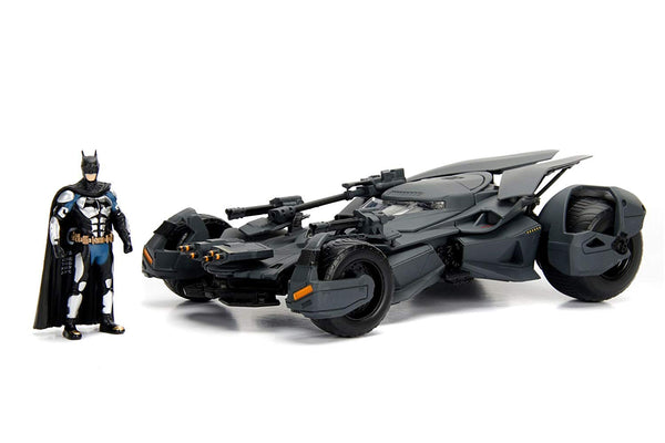 Jada Justice League Batmobile & Batman 1:24 Scale