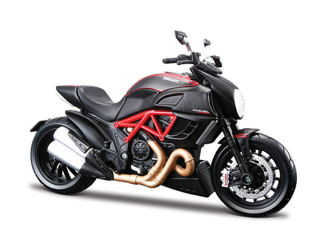 Ducati Diavel Carbon Bike 1/12 Motorcycle Model by Maisto