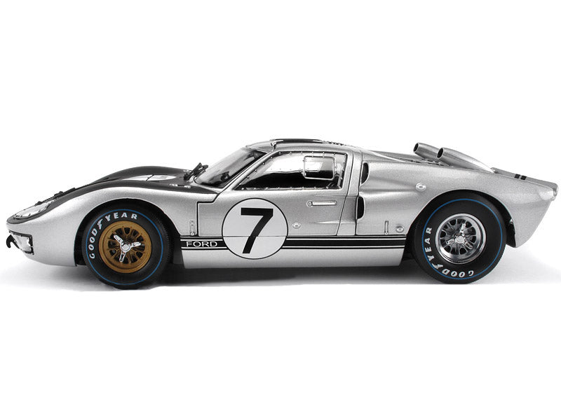 Ford Gt  Silver   Scale Petersen Automotive Museum Store