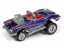Johnny Lightning- Zingers! 1958 Chevy Corvette 1:64 Scale