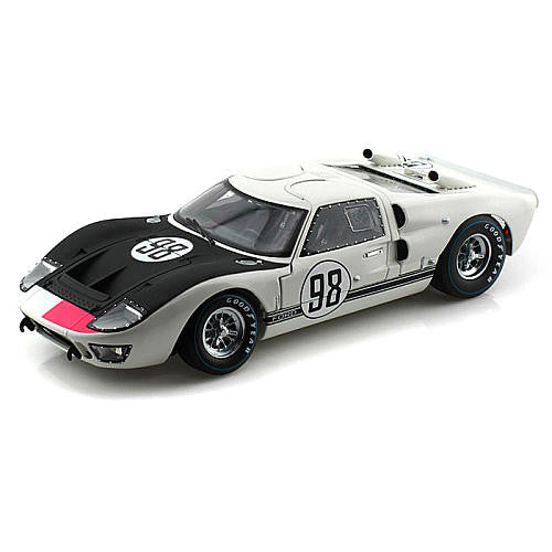 Shelby Collectibles- 1966 Ford GT- 40 MK 2 White /Black #98 1:18 Scale