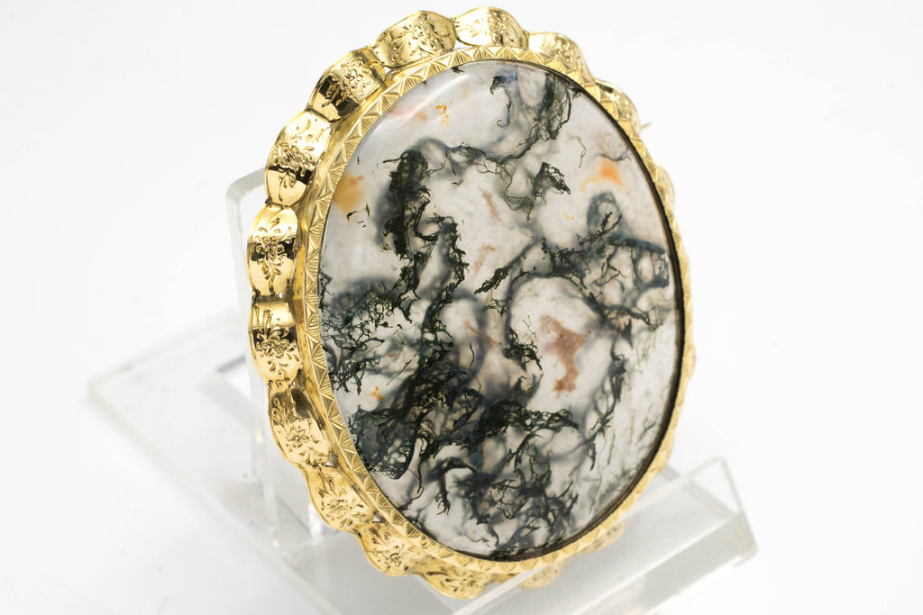 Moss agate brooch in 14 carat gold.-Brooches-The Antique Ring Shop, Amsterdam