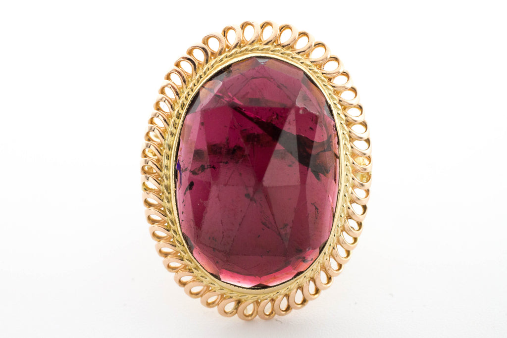 Faceted garnet ring in 14 carat gold.-Vintage & retro rings-The Antique Ring Shop, Amsterdam