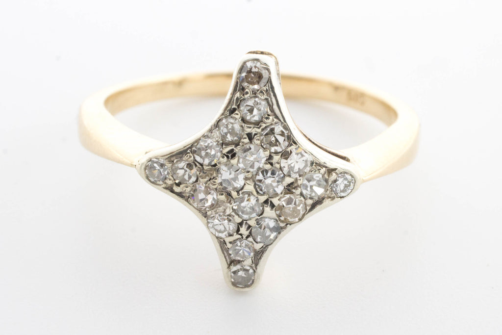 Diamond star ring in 14 carat white and yellow gold.-Vintage & retro rings-The Antique Ring Shop, Amsterdam