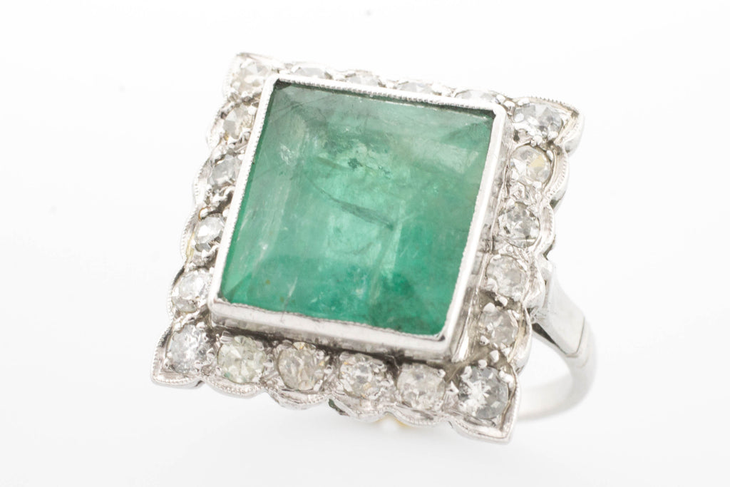 Emerald and diamond ring in platinum.-Vintage & retro rings-The Antique Ring Shop, Amsterdam