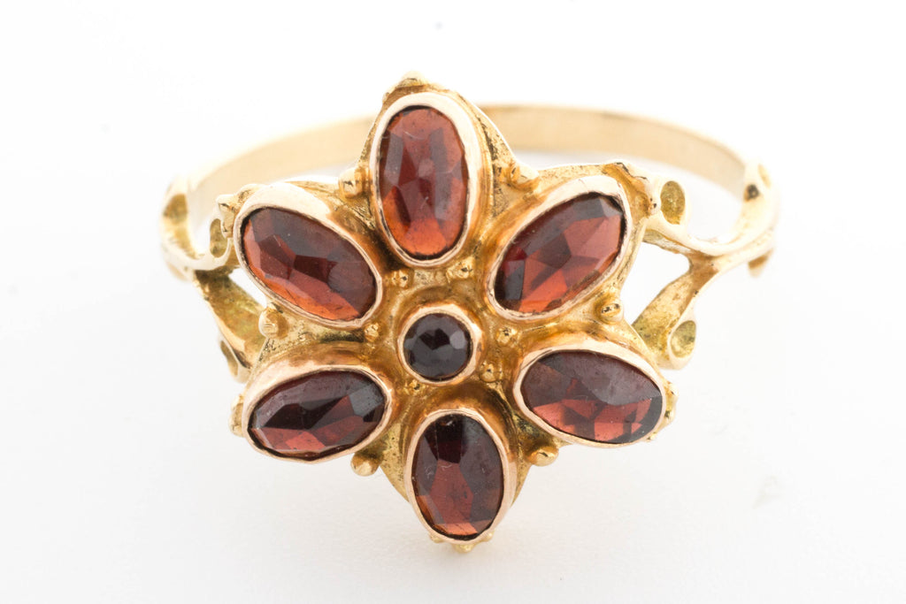 Vintage garnet cluster ring in yellow and rose gold.-Vintage & retro rings-The Antique Ring Shop, Amsterdam