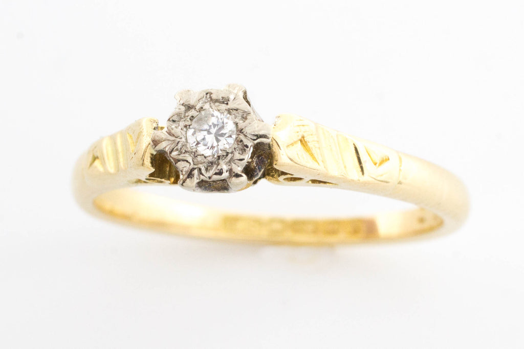 Vintage diamond solitaire ring in 18 carat gold.-Vintage & retro rings-The Antique Ring Shop, Amsterdam