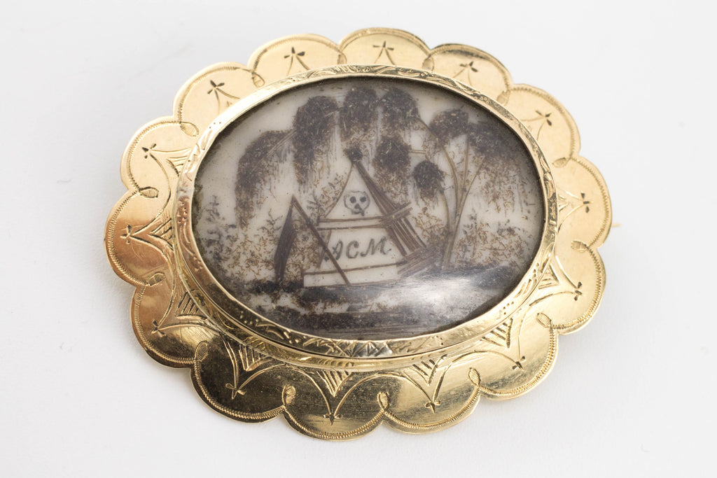 Memento mori brooch in 14 carat gold-Brooches-The Antique Ring Shop, Amsterdam
