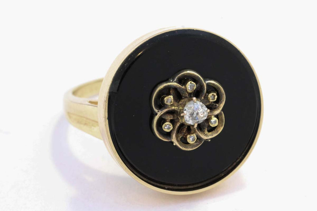 Antique gold ring with rose cut and old cut diamonds on onyx-Antique rings-The Antique Ring Shop, Amsterdam