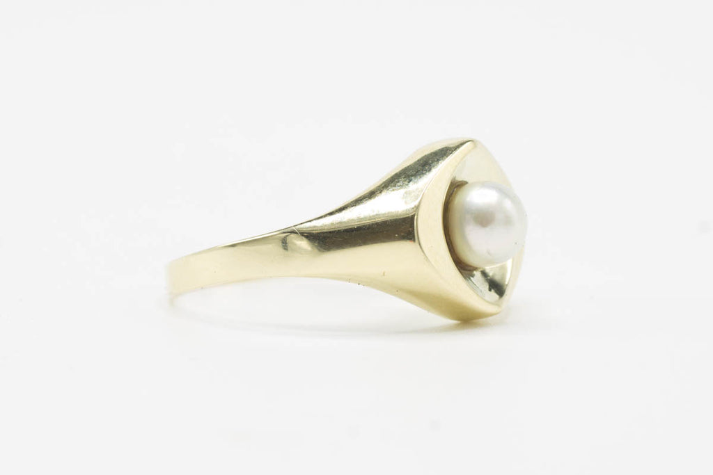 Vintage pearl gold ring-Vintage & retro rings-The Antique Ring Shop, Amsterdam
