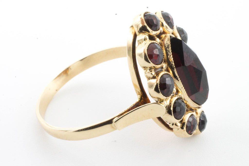 Marquise garnet cluster ring in 14 carat gold-Vintage & retro rings-The Antique Ring Shop, Amsterdam