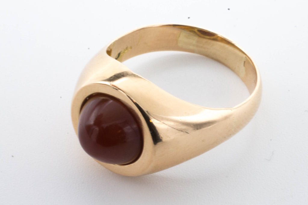 Carnelian cabochon ring in rose gold.-Vintage & retro rings-The Antique Ring Shop, Amsterdam