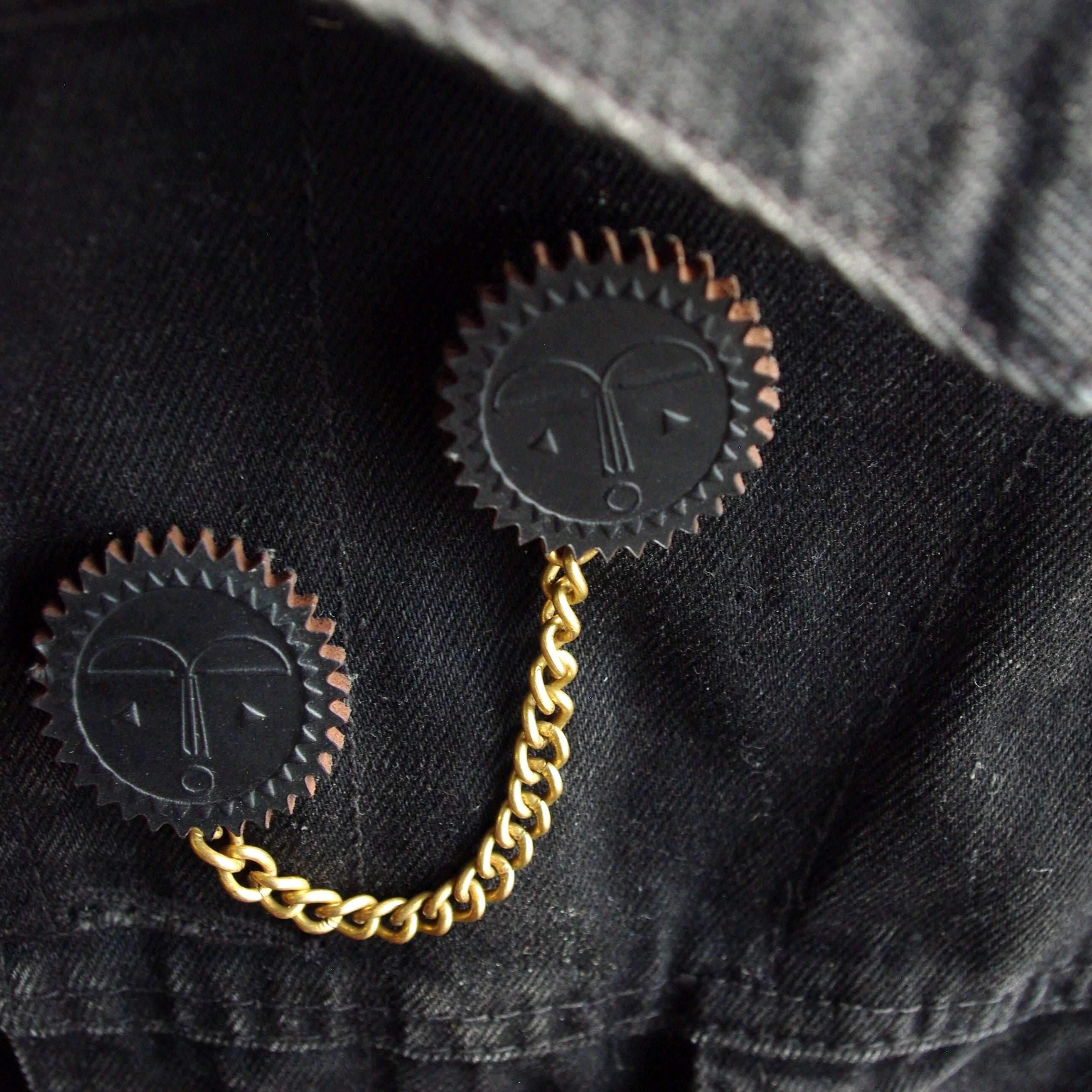 """Moon Mask"" Collar Brooch Pin Black Leather"